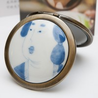 Ceramic Portable Makeup Mirror - Female Portrait Style
