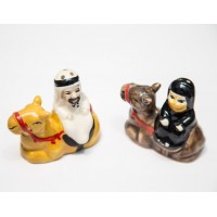 Arabia couple on camel salt and pepper
